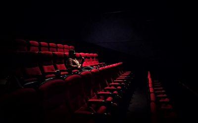 Une pièce de théâtre qui aborde un des thèmes du phénomène O.V.N.I.!
