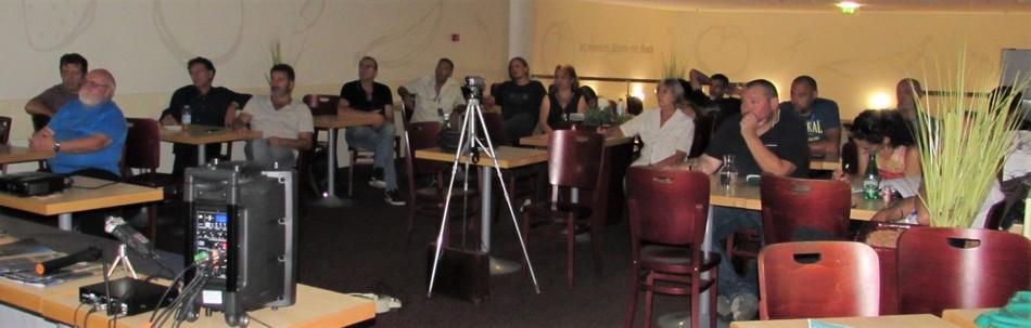 Une partie du public aux Rencontres Ufologiques d'OVNI-Languedoc
